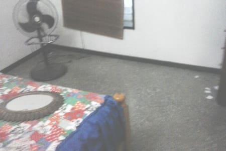 habitacion commoda
