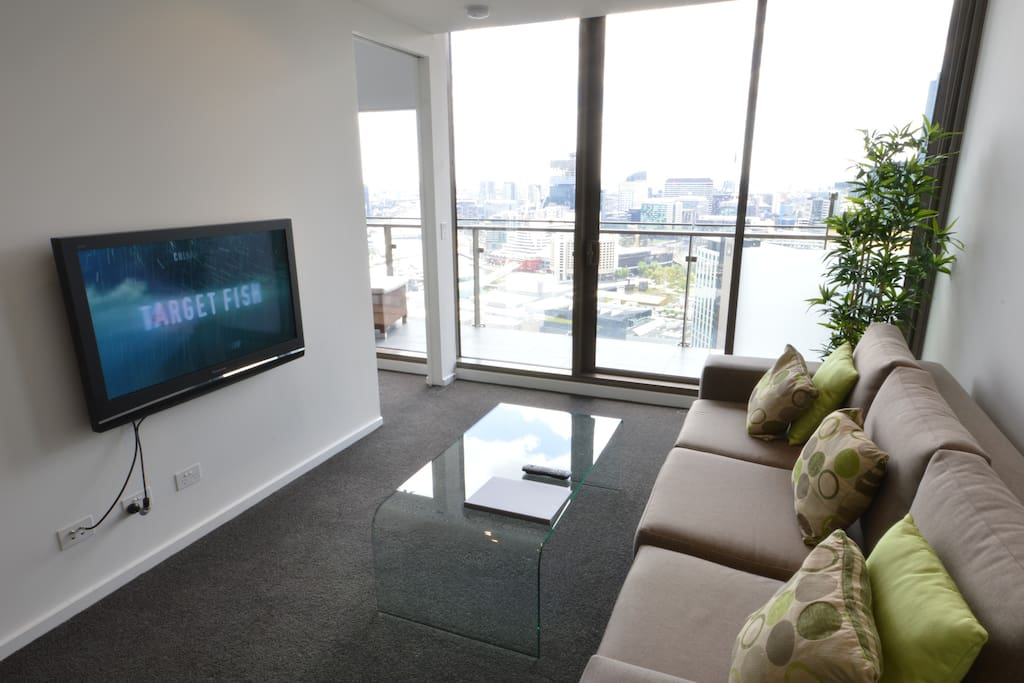The lounge with views and access to the balcony