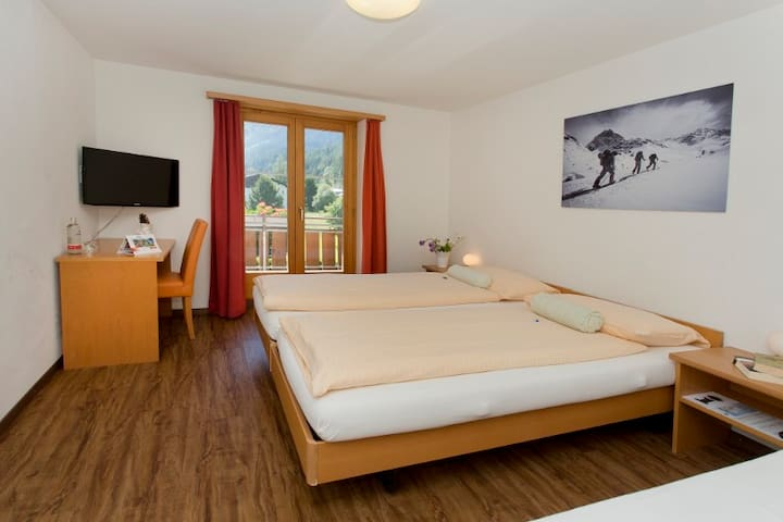 Sport-Lodge Klosters (Klosters), Double room for 1-3 persons, 19m2