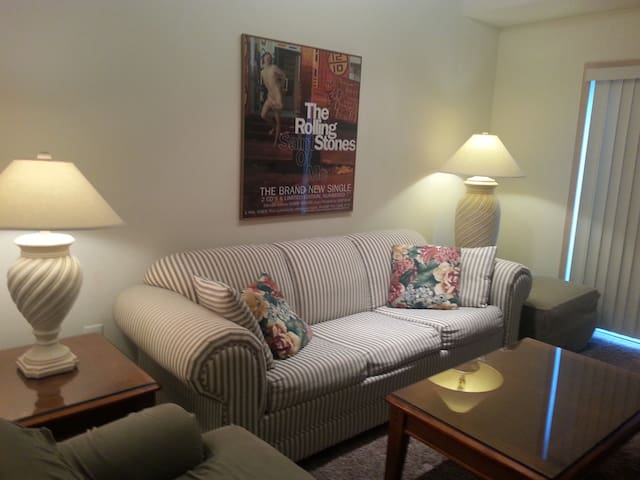 Great Downtown location & weekly/monthly discounts