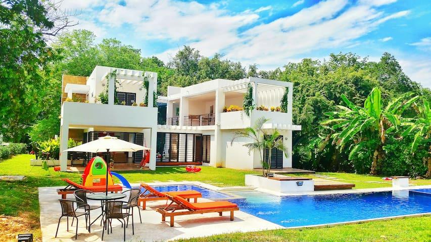 Hermosa Casa Campestre + piscina Carmen de Apicalá