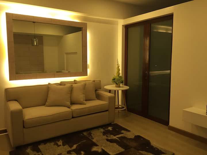 Elegant unit w/balcony at Venice Luxury Residences