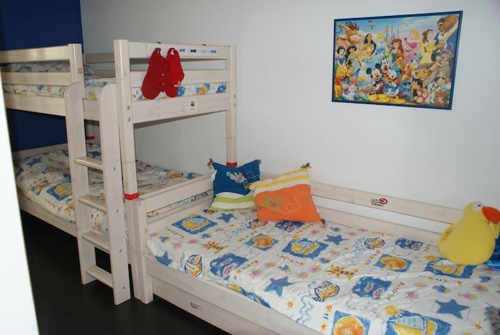 litera y cama nido (4 camas)