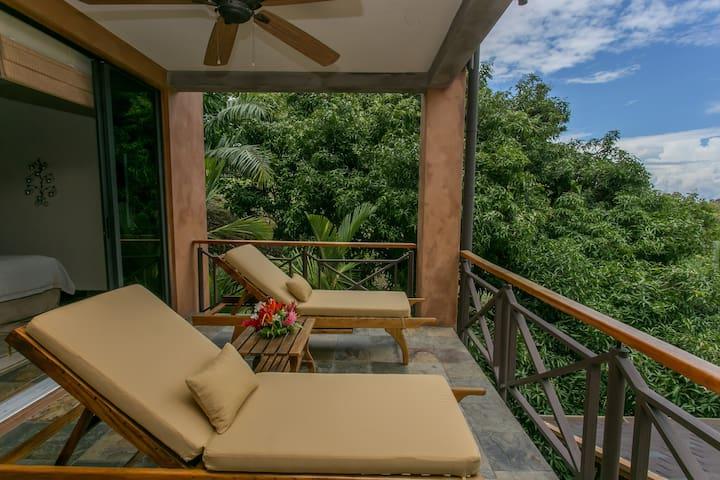 Casa Reserva- Pool-Ocean  Forest Views- Sleeps 10 - Manuel Antonio - Villa