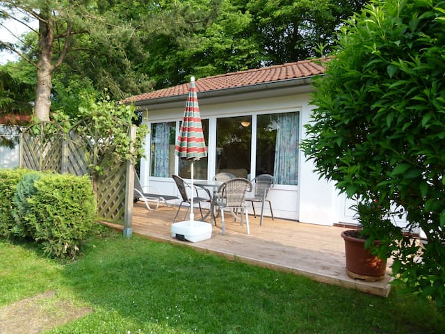 Ferienhaus ca. 50qm unweit vom Schweriner See - Dobin am See - House