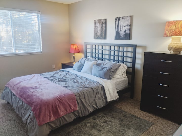 DTC Denver, 2 bed 2 bath, entire apartment