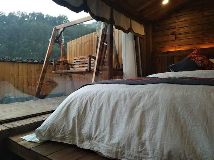 月下大床房