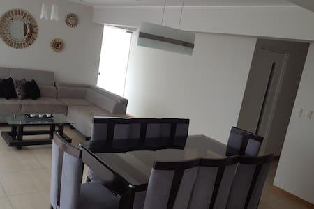 Casa Apartamento Amoblado en La Molina