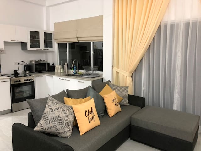 Colombo Fifteen-Newly Built Luxury 2 Bed Apartment
