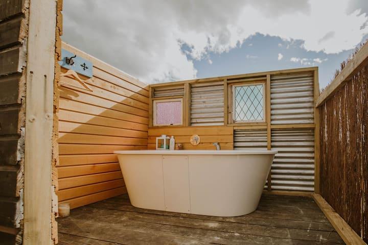 Rabbit Island Huts (shared bathrooms)