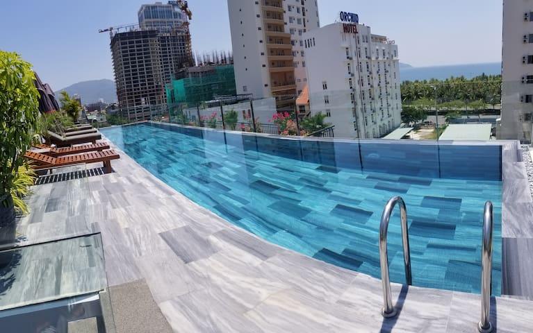 Infinity Pool*City View*Balcony - Sekong Apartment