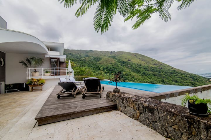 Amazing house with a stunning view