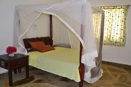 Kenya Bed & Breakfast Malindi - Malindi