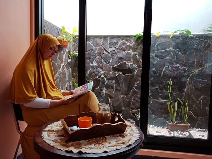 AnNaSha Home stay Malang-Batu + Wifi+Hot water