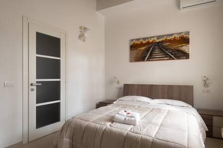 """Room and Breakfast """"La Meridiana"""""""