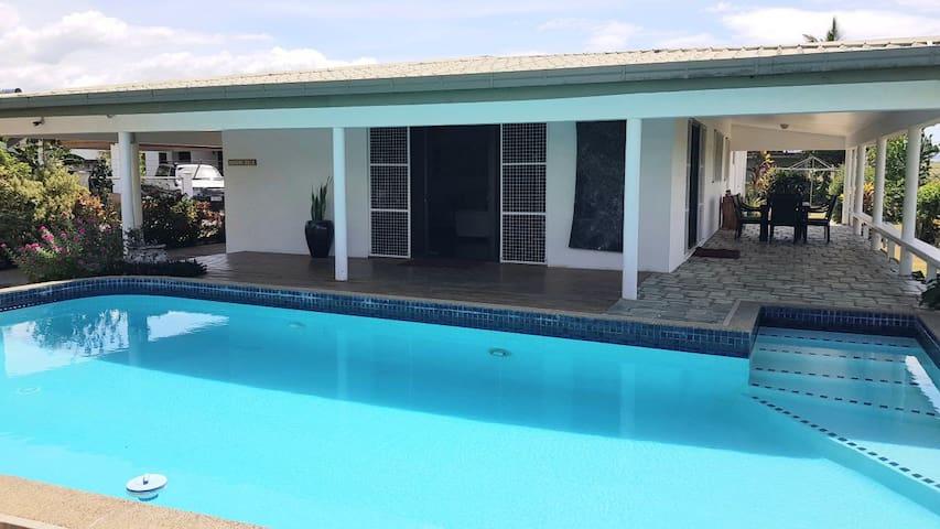 BouganVilla 2-brm holiday villa with pool inc wifi