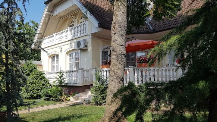 Beáta apartman Gyula földszint 4-6 fő