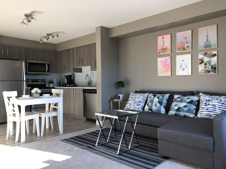 Brand New Condo Suite Nearby YYC & CrossIron Mall