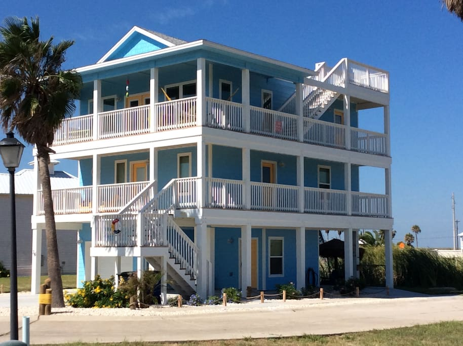 the blue houses for rent in port aransas united states
