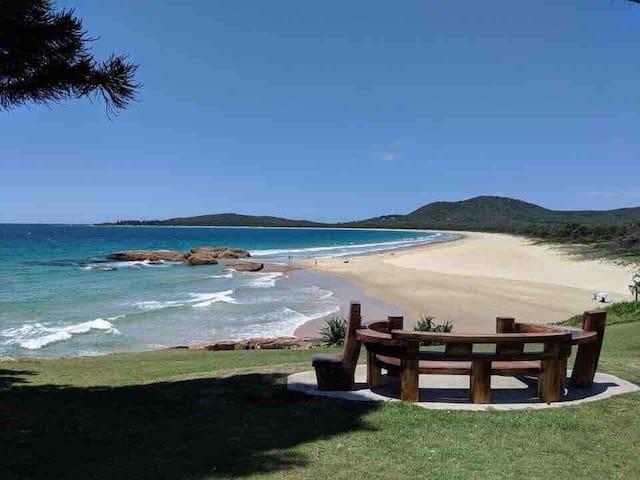 Aine Beachside