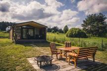 Stylová chata na kraji Ratmírovského rybníka