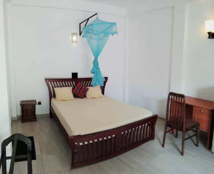 Mirissa Superior private A/C room for 3ppl max