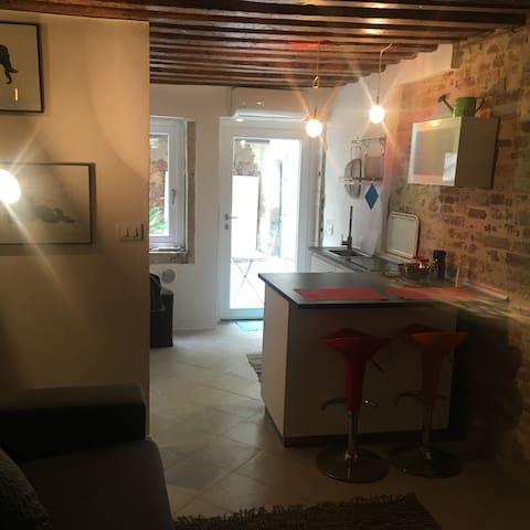 Appartamento Campo Ruga vicino Biennale di Venezia - Venedik