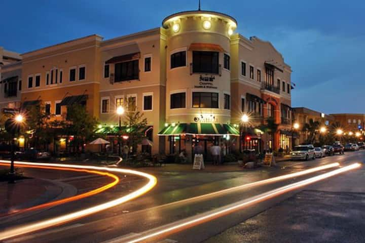 Perfect location. Downtown Kissimmee.
