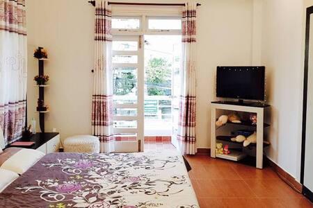 Elegant Double Room - Pinky Homestay Dalat
