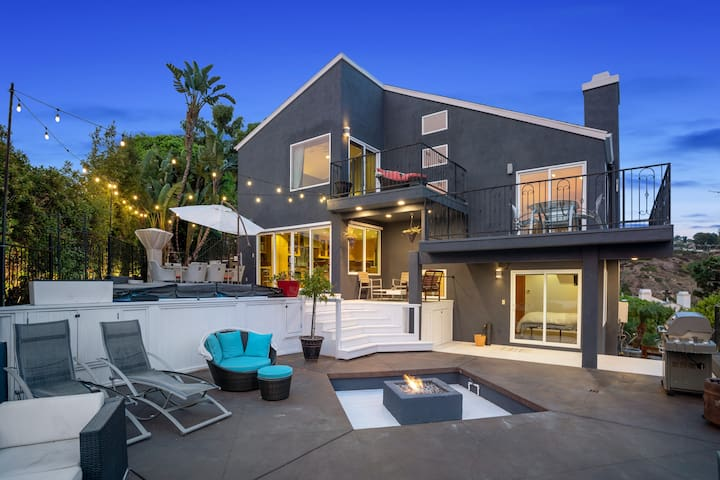 """LAGUNA """"The Hills"""" home XL Cal Spa ocean views!"""