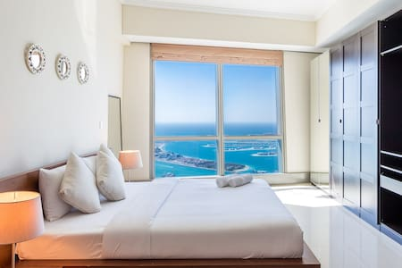 Master Bedroom - Full Sea View