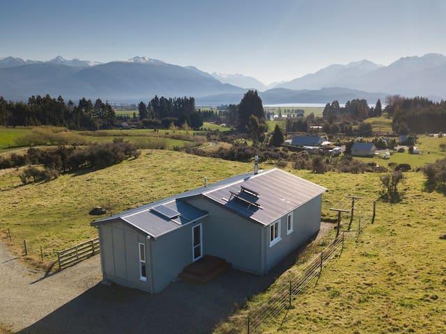 The Hunker Bunker, off-grid farm house
