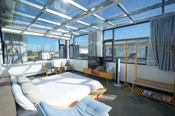 Romantic sky room with perfect view of Cangshan303
