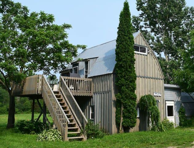 Dan's Cottage - Morrisburg - Casa
