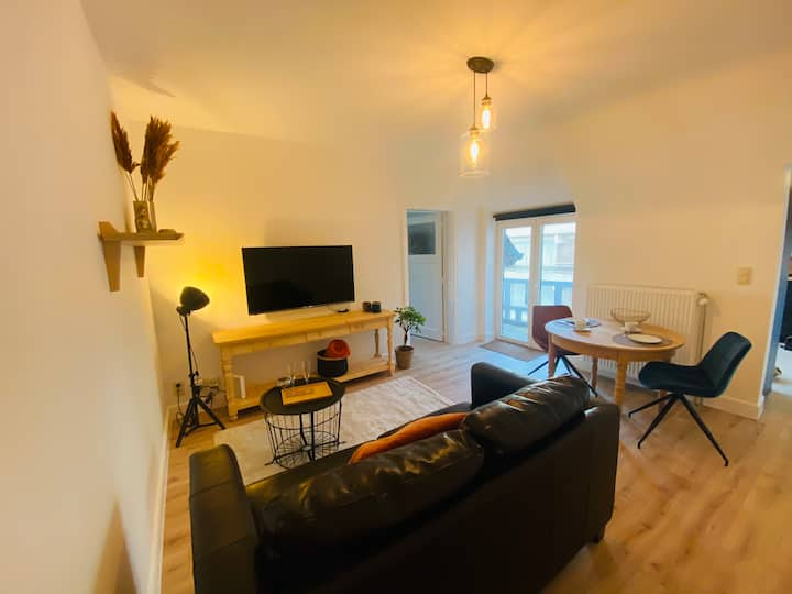 Recently renovated appartement 150m from the beach