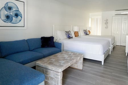Poolside by the Sea,Key Colony Oceanfront Sleeps 4