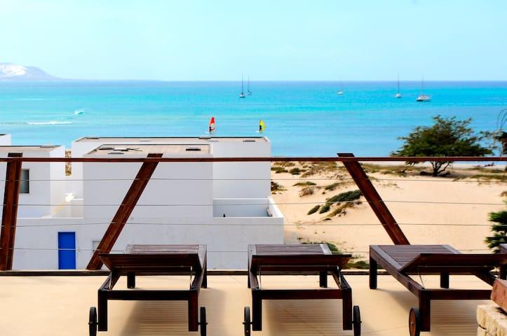 "Ikaza - The Flat ""B"" Close To the Estoril Beach"
