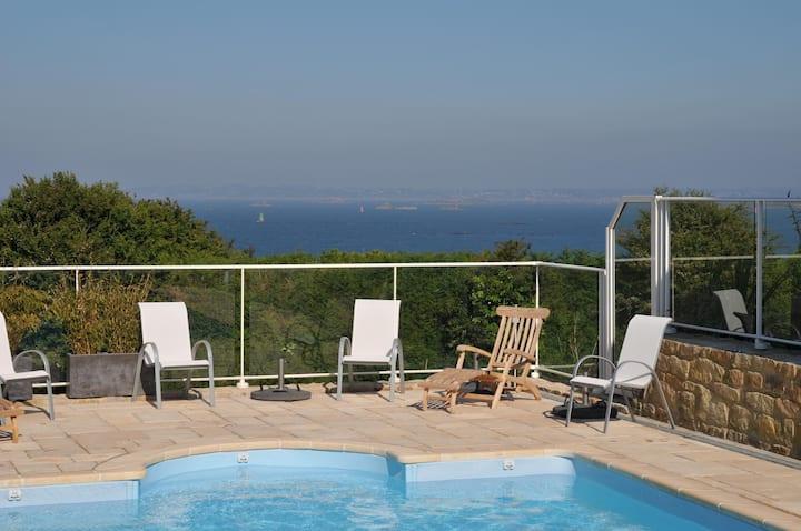 Villa Batz Roscoff avec piscine 100m de la plage