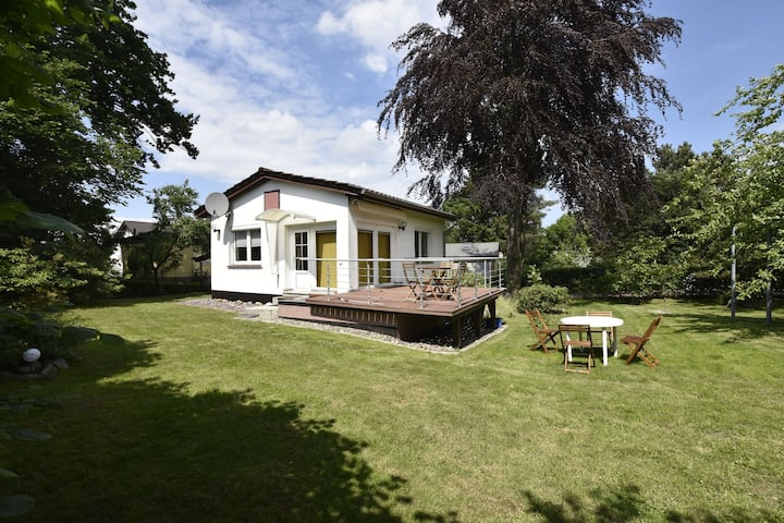 Peaceful Holiday Home in Steffenshagen with Large Garden