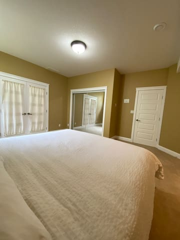 Private room, shared accommodations. Female only.