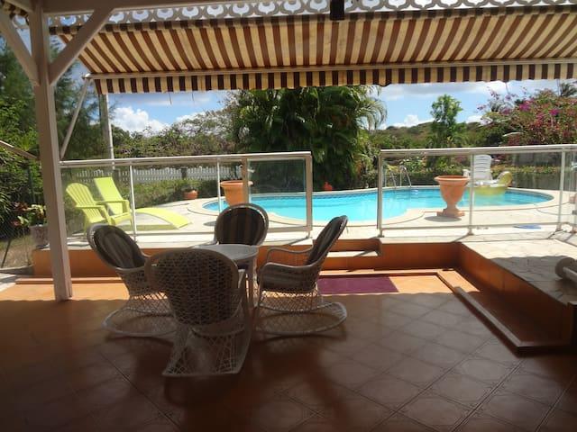 Studio bas de villa avec Piscine - GP - Departamento