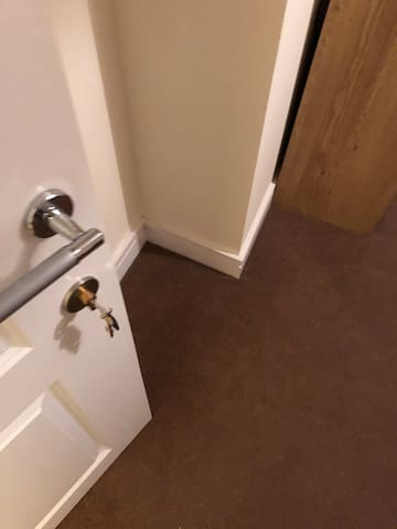 Double En-suite room close to town for Xmas !!