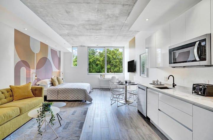 Stunning Design District Apartment 204