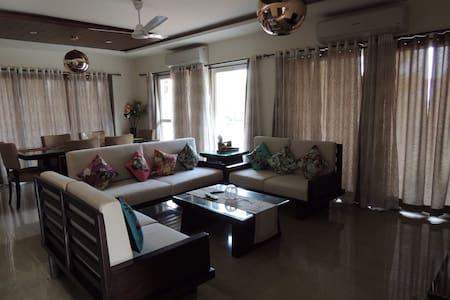 Luxurious villa in central Goa - Goa  - Dom