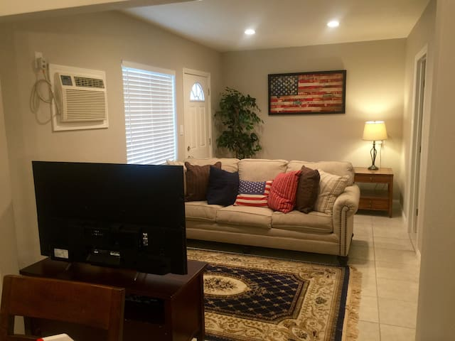 All American Lodge Near Arcadia! - Monrovia - Apartment