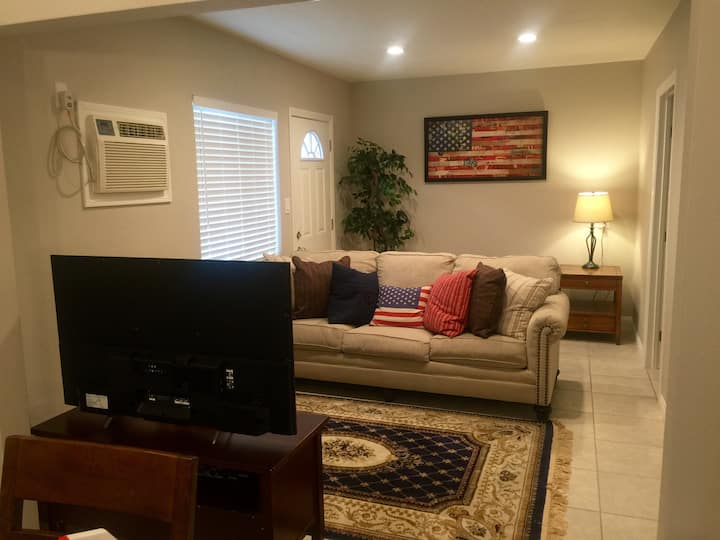 All American Lodge Near Arcadia! 1 bedroom/1 bath