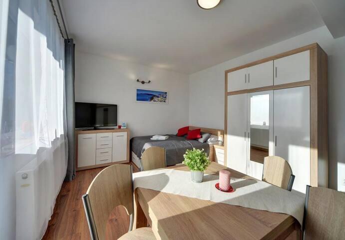 Apartament Słoneczny Poranek Apart- Invest