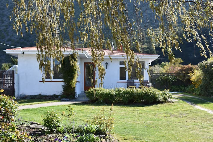 Kurow Cottage