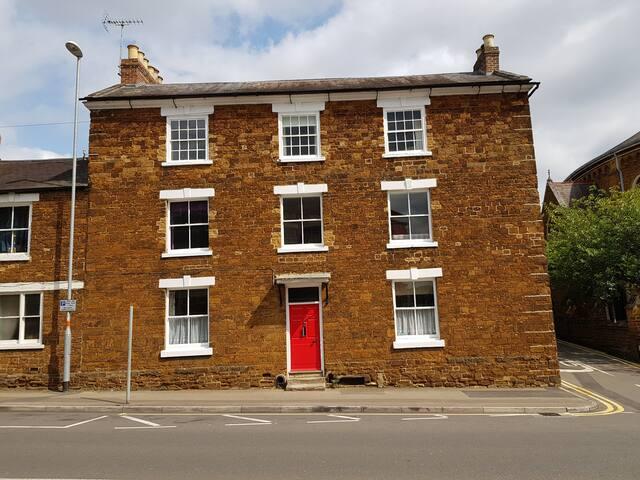 Wellingborough Suite in Town Centre
