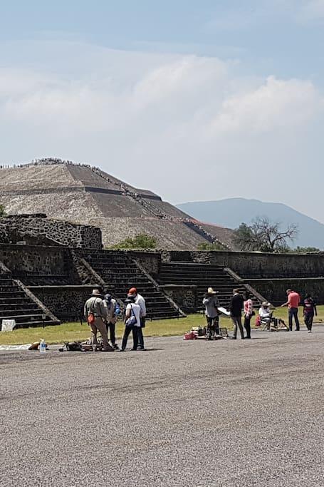 Avenida de los Muertos y Piramide del Sol